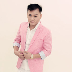 亲爱的你在想我吗(热度:78)由蓝天的云翻唱,原唱歌手刘恺名
