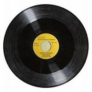 母亲河,喊你一声妈妈(热度:43)由陈国荷翻唱,原唱歌手哈辉