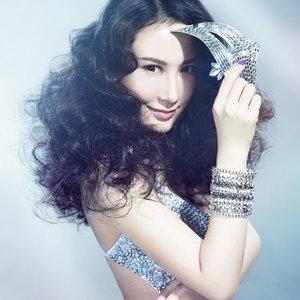 伤河(热度:188)由天空中闪亮的星翻唱,原唱歌手李雨儿