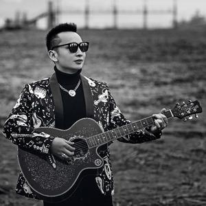 生日快乐(热度:12)由荣格格翻唱,原唱歌手胡耀威