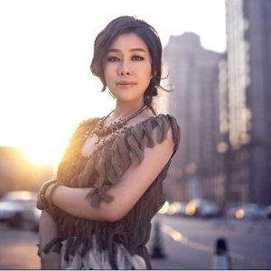 雨花石(热度:107)由花无缺翻唱,原唱歌手李雨儿