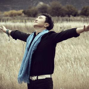 风中的额吉(热度:50)由紫罗兰翻唱,原唱歌手呼斯楞