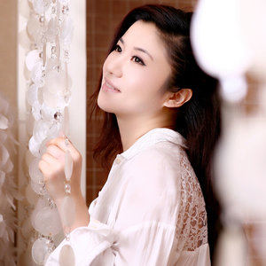 女人(热度:262)由鸟鸟《只玩花花》翻唱,原唱歌手祖宁