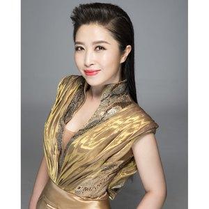 歌唱新时代(热度:57)由jiangyuanfu翻唱,原唱歌手刘媛媛