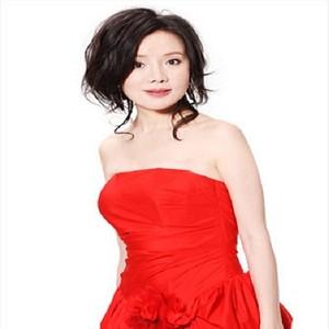 梅花(热度:11)由长公主꧁梦响(崴)天籁꧂翻唱,原唱歌手单紫宁