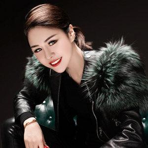 不变的情缘(热度:104)由华姐翻唱,原唱歌手花姐