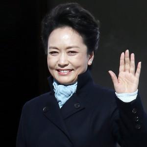 毛主席的话儿记心上(热度:132)由老革命翻唱,原唱歌手彭丽媛