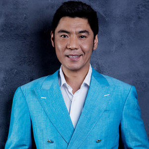 我的中国心(热度:23)由张金治翻唱,原唱歌手屠洪刚