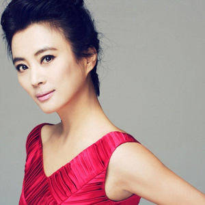 女儿情(热度:50)由雪翻唱,原唱歌手吴静