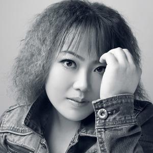 我是真的爱过原唱是杨瑶,由花开富贵翻唱(播放:46)