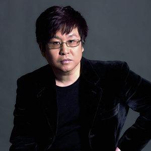 点燃一根烟(热度:12)由余生de爱翻唱,原唱歌手郑智化