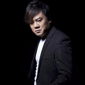 绝望中的呐喊(热度:62)由梅花香翻唱,原唱歌手王梓旭