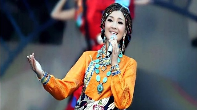 走天涯(热度:414)由一世随缘翻唱,原唱歌手降央卓玛