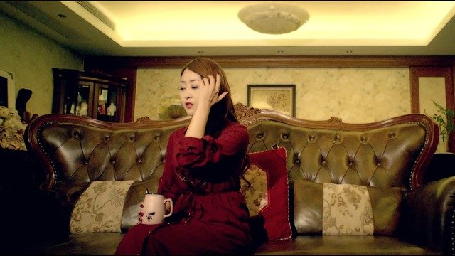 爱一回伤一回在线听(原唱是郑茜匀),川F湉菲儿演唱点播:1618次