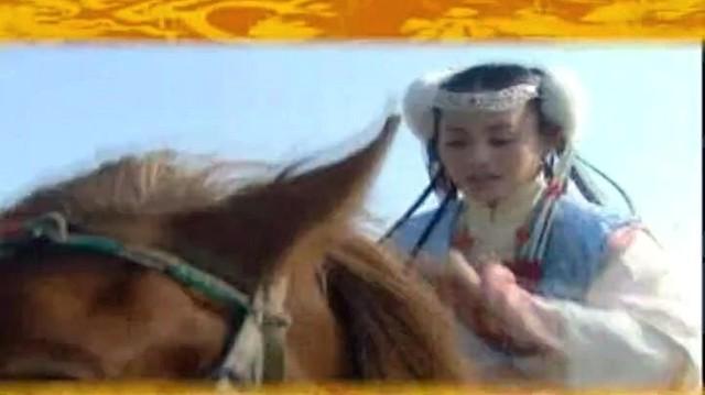 美人吟(热度:161)由晓诺的大世界翻唱,原唱歌手李玲玉