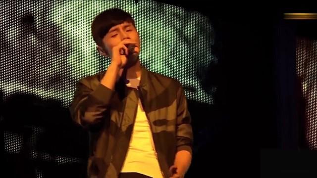 老街(热度:15)由梦·落花翻唱,原唱歌手李荣浩