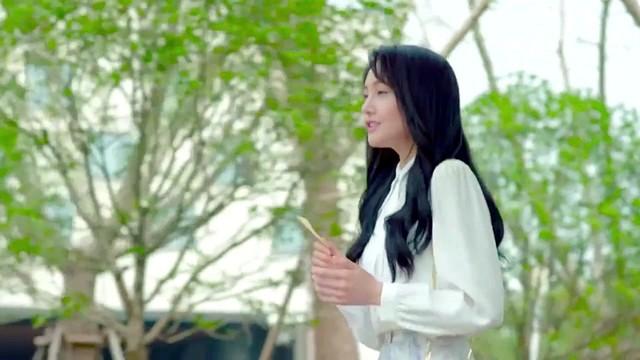 一笑倾城(热度:11)由红红翻唱,原唱歌手汪苏泷