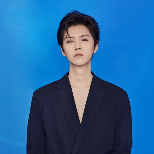 Lu Han (鹿晗)