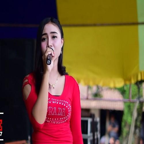 Deviana Safara