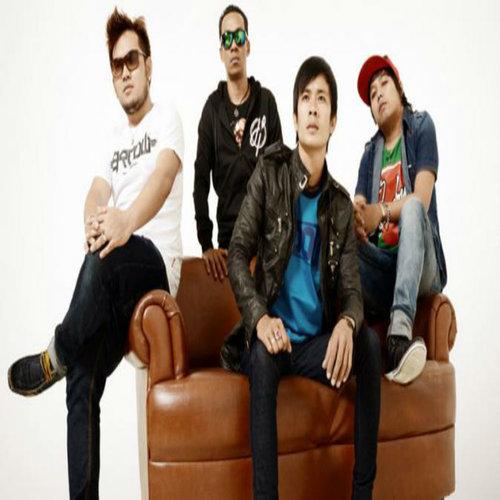 Amora Band