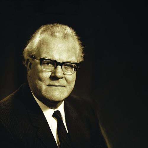 Charles Groves