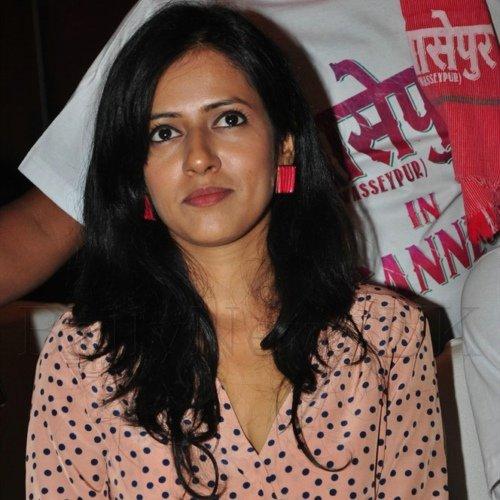 Sneha Khanwalk
