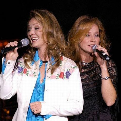 Download song The Lynns with list Albums