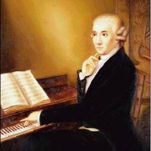 "《f大调弦乐四重奏》第二乐章""如歌的行板"",就是一首典型的器乐小夜曲"