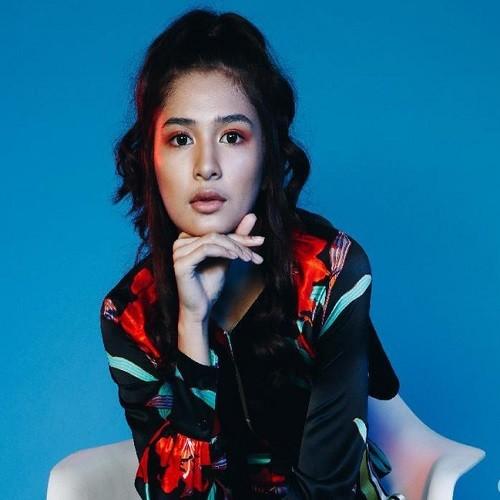 Download Lagu Mikha Tambayong beserta daftar Albumnya
