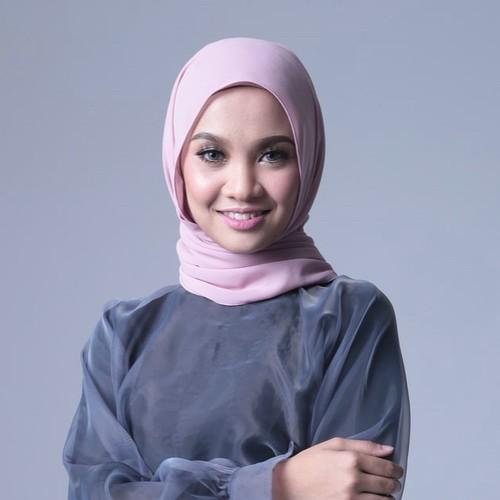 Download Lagu Nabila Razali beserta daftar Albumnya