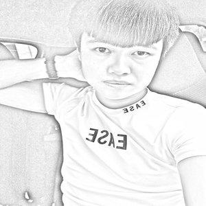 我有孤独和烈酒(热度:44)由唱将祥子(感谢转发!)翻唱,原唱歌手MC魏小然