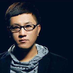 下定决心忘记你(热度:83)由北京南苑机场翻唱,原唱歌手大哲