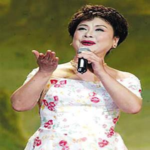 心中的玫瑰(热度:187)由慧通翻唱,原唱歌手李谷一