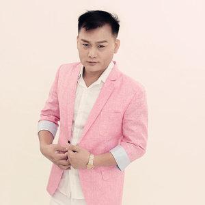 亲爱的你在想我吗(热度:1267)由清风明月翻唱,原唱歌手刘恺名