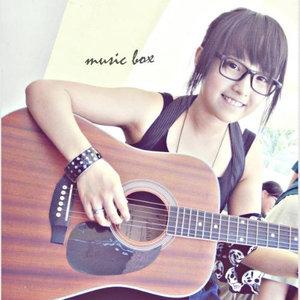 放弃爱你(热度:23)由七宝翻唱,原唱歌手胡文婧