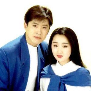 我悄悄地蒙上你的眼睛(热度:80)由玲玲翻唱,原唱歌手毛宁/杨钰莹