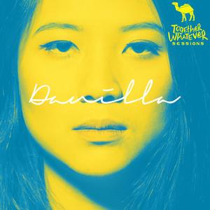 Dengarkan Laguland(Live) lagu dari Danilla dengan lirik