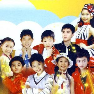 虫儿飞(热度:64)由洛克姗.薇拉(忙碌中)翻唱,原唱歌手杨烁