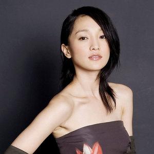 飘摇(热度:62)由bonnie翻唱,原唱歌手周迅