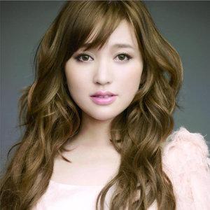 爱的魔法(热度:282)由Sweet潘翻唱,原唱歌手金莎