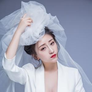 爱情不是毒药(女生版)(热度:21)由丫丫翻唱,原唱歌手慕小蕾