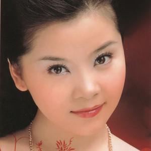 烟花三月(热度:105)由冰山雪莲翻唱,原唱歌手童丽