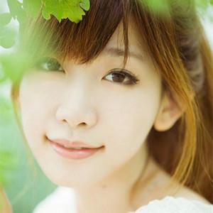 醉清风(热度:61)由潔寶翻唱,原唱歌手依依
