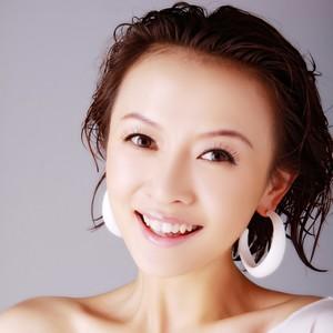 秋水伊人(热度:648)由洁儿翻唱,原唱歌手朱妍