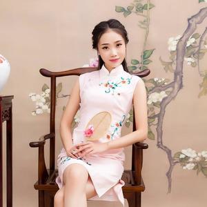 梅花泪(热度:29)由兰雅莲清远翻唱,原唱歌手文希