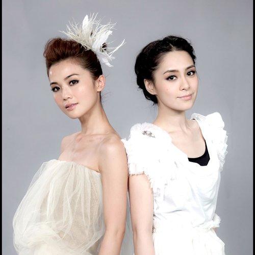 上陣 (2011亞洲遊戲展主題曲) 2011 Twins